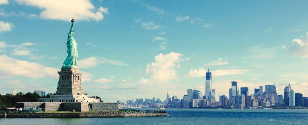 panorama-statue-liberty-nyc-manhatten